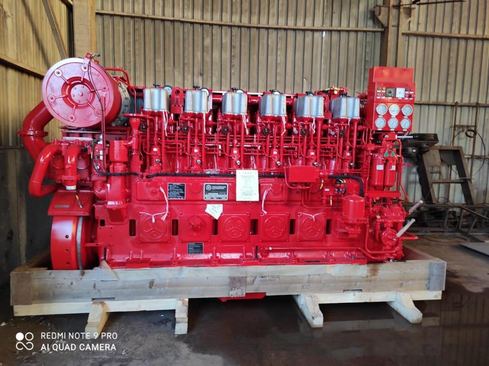 2 x 6DZC Main Engines